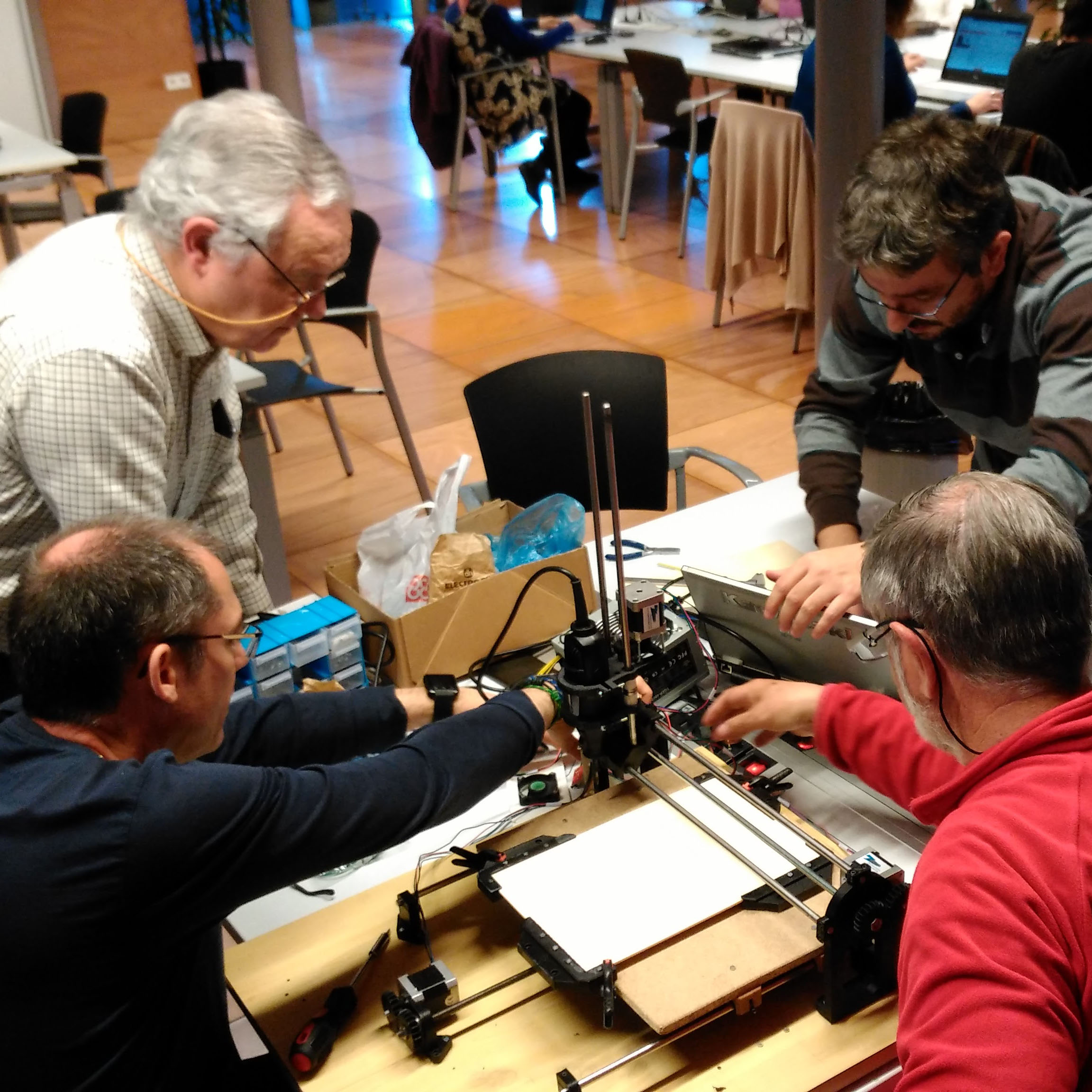 Participants del Club de Makers