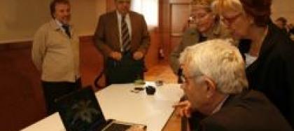 Pasqual Maragall S'interessa Pels Projectes I Activitats Del Citilab Adreçades A Seniors