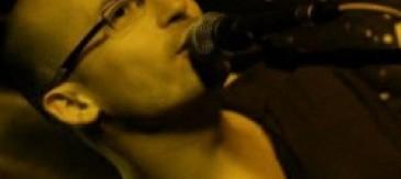 Alejandro Martínez Canta A Gil De Biedma En La Primera Audició Musical Del Musiclab
