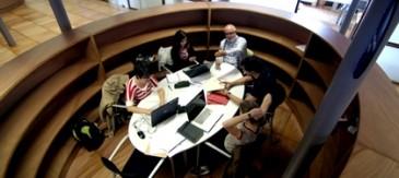 """Citilab I La Obra Social """"la Caixa"""" Signen Un Conveni Per A Desenvolupar El Projecte Red Leonardo"""