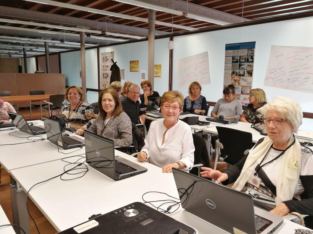 creativitat empresarial a SeniorLab idees innovadores i societat del coneixement
