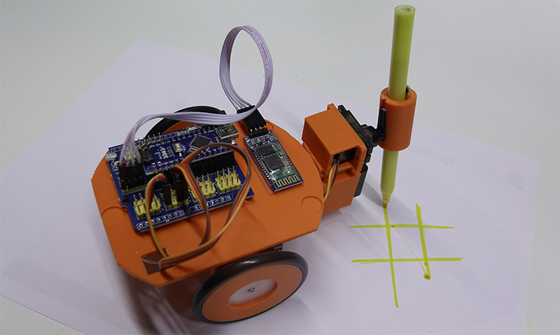 Un Robot Artista En La Nova Edició Del Tecnoestiu