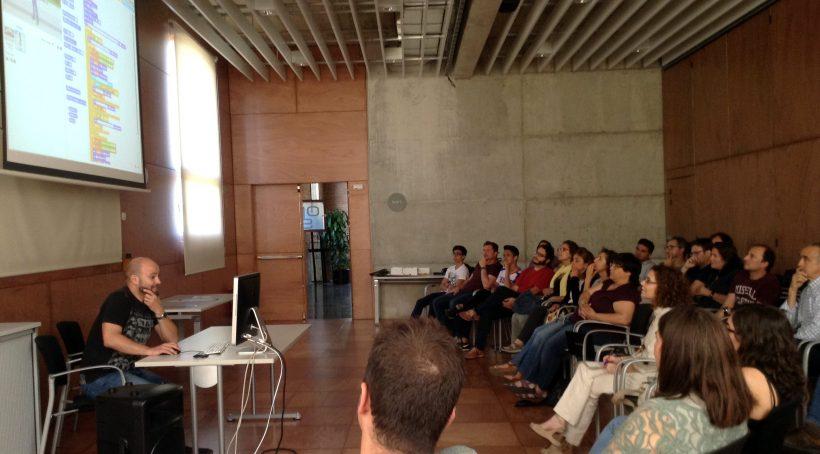 Citilab Acull La Presentació De La Formació 'Programació Per A La Millora Educativa' Promoguda Per La Diputació De Barcelona