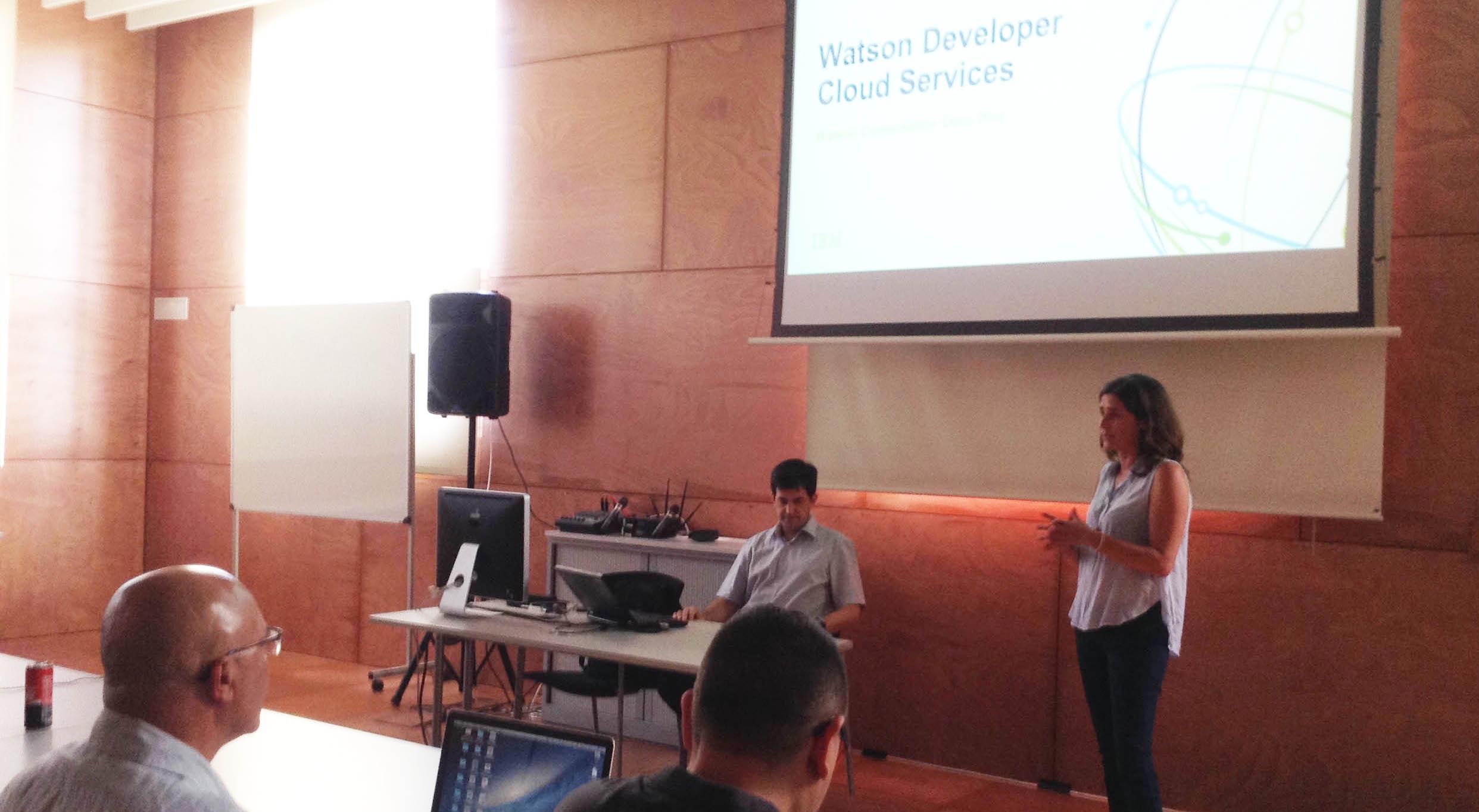 Citilab Garage: Un Assistent Virtual Per Facilitar La Comunicació Entre L'administració I La Ciutadania