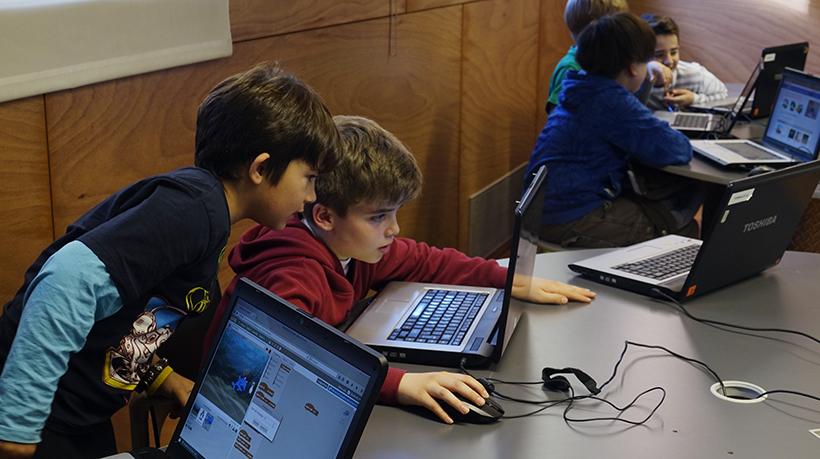 Més De 130 Persones Interessades En Les Formacions De Programació I Robòtica Amb Scratch, Scratch Per Arduino I AppInventor!