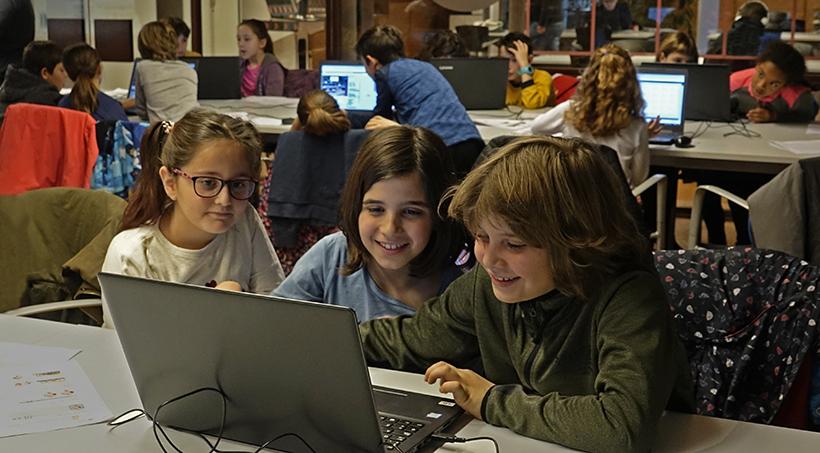 Citilab Fomenta L'aprenentatge De La Programació Com A Llenguatge Transversal A Les Escoles Públiques De La Ciutat Amb La Col·laboració De L'Ajuntament De Cornellà