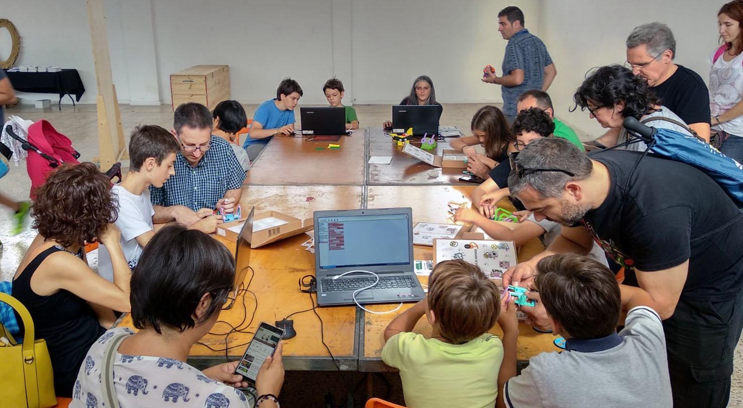 Taller Robot Fantàstic A La Maker Faire Barcelona 2019