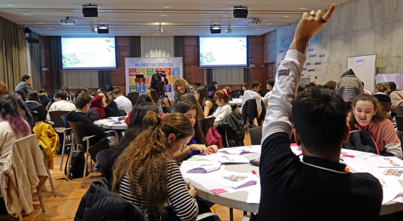 La Salut, La Innovació I La Reducció De Desigualtats Tornen A Ser Els àmbits De Màxim Interès Per L'alumnat De Primer De Batxillerat De Cornellà Al 2020