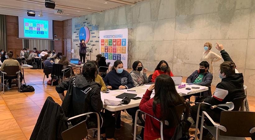 Els Principals Temes De Recerca Escollits Per L'alumnat De L'Institut Esteve Terradas I Illa En Les JamTR S'emmarquen En Els ODS Relacionats Amb La Salut, L'educació I La Innovació