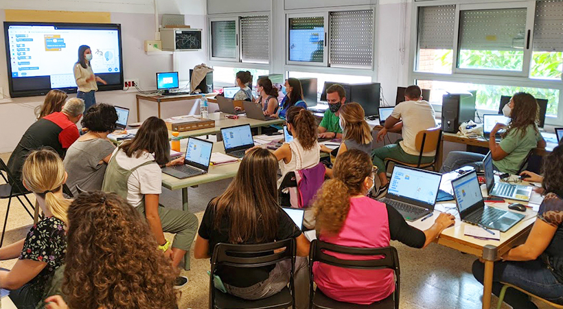 L'Escola Torre De La Miranda I L'Escola Sant Ildefons Introdueixen L'ensenyament Transversal De La Programació I La Robòtica Amb EduLab